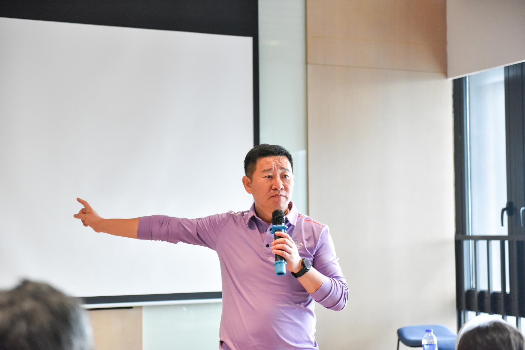 董事长范广宇作总结发言.jpg